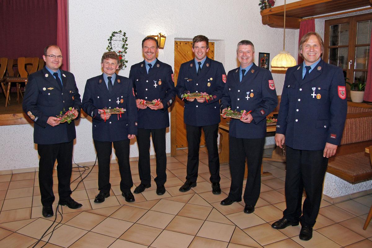 Der MZF-Ausschuss: Stefan Holfelder, Rupert Wimmer, Konrad Plötz, Andreas Ries, Manfred Nußbaumer sowie Vorstand Hans Ries