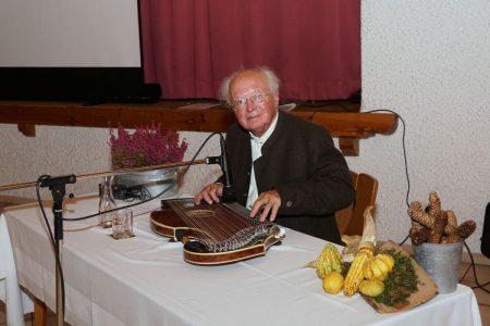 Zitherspieler Adolf Stegmaier